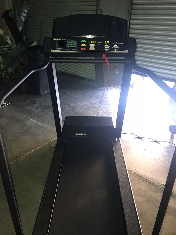 Landice L-8 Pro Sports Trainer Commercial Treadmill Image