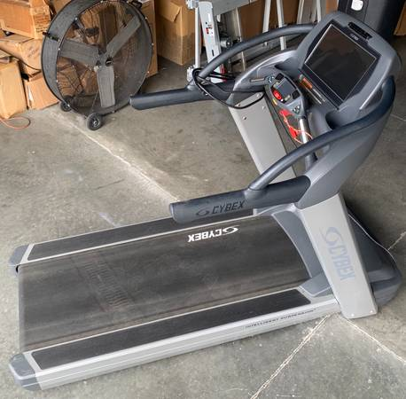 Cybex 770T Commercial Touchscreen Treadmill Image