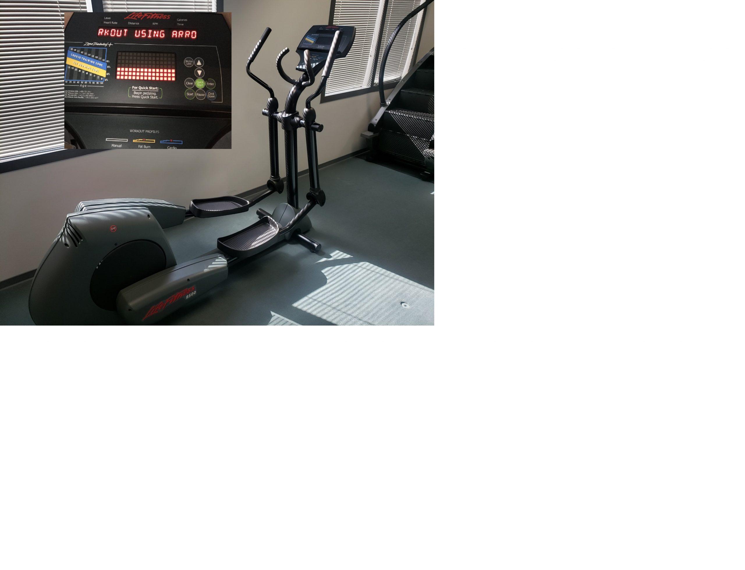 Life Fitness CT 8500 Elliptical Image